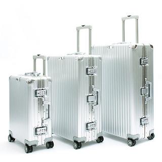 2de89b231c <RIMOWA> UA 25SP CLASSIC FLIGHT silver